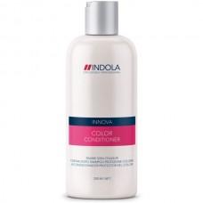 Шампунь придающий серебристый оттенок волосам Indola color silver shampoo 300мл